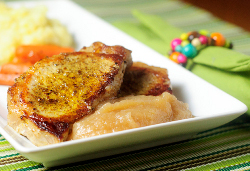 Pork-Chops-and-Applesauce