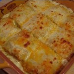 Chicken-Alfredo-Lasagna-Roll-Ups-featured