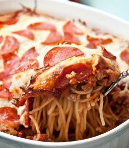 Pepperoni-Pizza-Spaghetti-Casserole