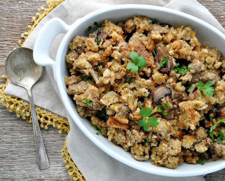 SlowCookerWeek: Mom's Slow Cooker Stuffing Recipe - RecipeChatter