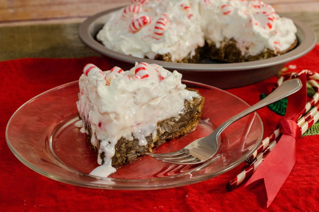 Fudgy Chocolate Peppermint Pie