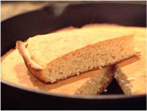 Old-Fashioned Cornbread