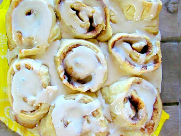 Pioneer Woman-Inspired Cinnamon Rolls
