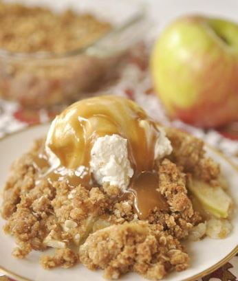 Mom's Magic Apple Crisp