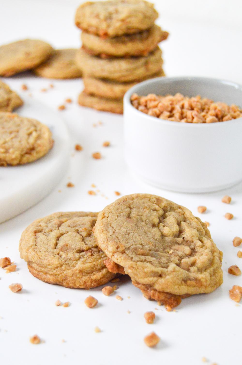 Brown Sugar Toffee Cookies - RecipeChatter