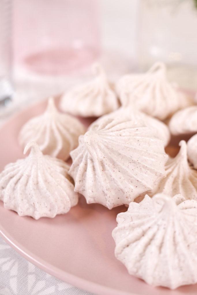 Cinnamon Meringue Cookies   Club Crafted