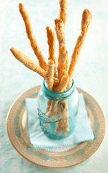Smokey-and-the-Bacon-Cheese-Straws