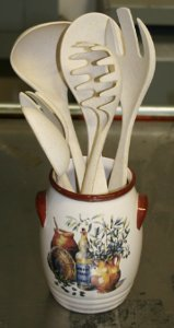 Bamboo Studio Utensil Holder and Spoons