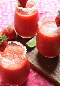 frozen-strawberry-margarita