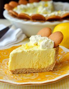 Old-Fashioned Lemon Icebox Pie