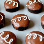 Make At Home Hostess Cupcakes