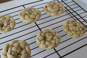 5-Ingredient Pie Crust Cookies