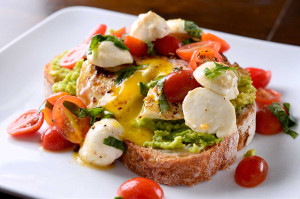 breakfast-caprese-avocado-toast