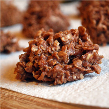 No-Bake Chocolate and Coconut Drop Cookie