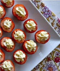 Fancy Cheesecake Stuffed Strawberries