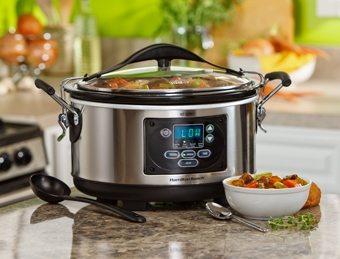 Set & Forget® 6 Qt. Programmable Slow Cooker With Spoon and Lid
