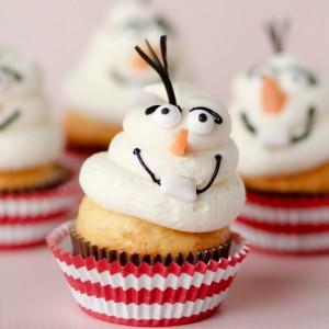 Adorable Frozen Olaf Cupcakes