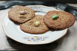 Lacy Jordan Almond Cookies recipe by Marie Segares/Underground Crafter for RecipeChatter