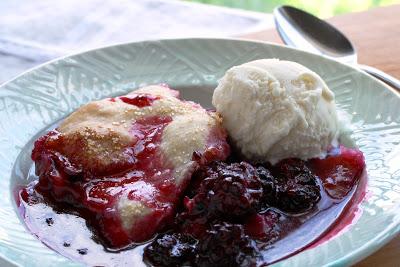 Grandmothers-Blackberry-Cobbler-Recipe
