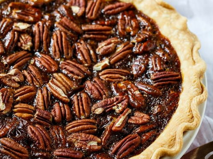 Paula Deen Copycat Salted Caramel Pecan Pie