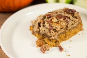 "The ""Best of Fall"" Pumpkin Apple Dump Cake"