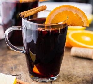 Holiday Spice Mulled Wine