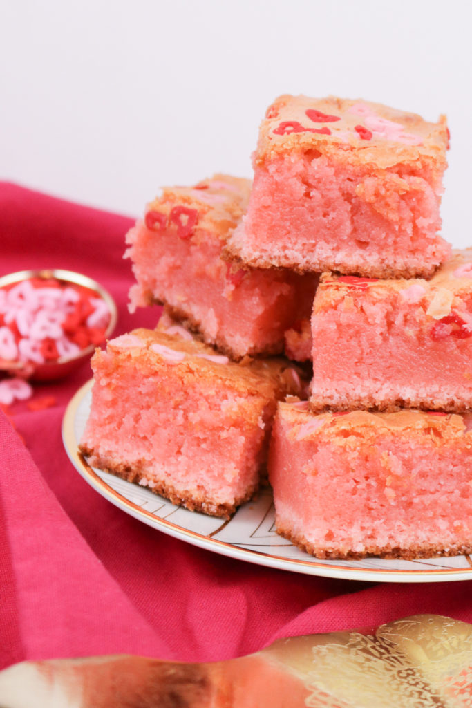 Valentine's Day: White Chocolate Blondies