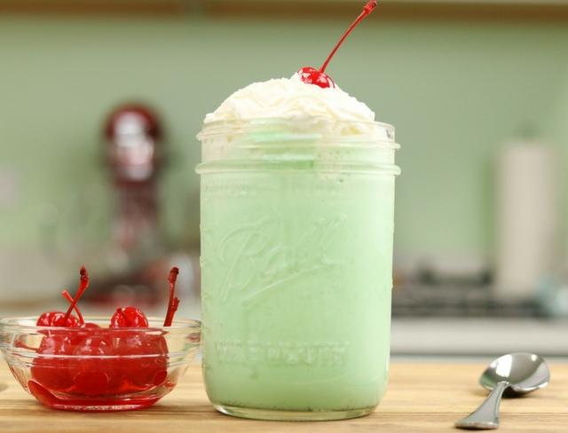 How to Make a Copycat McDonald's Shamrock Shake