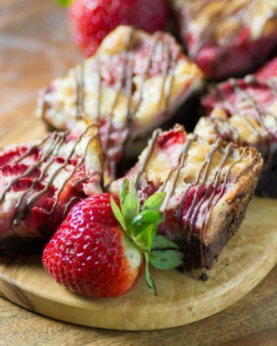Strawberry Chocolate Dream Bars