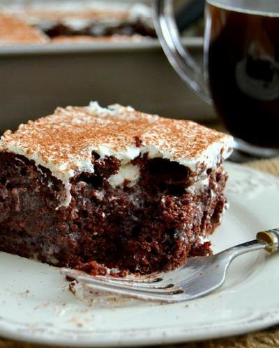 Kahlua Tiramisu Poke Cake