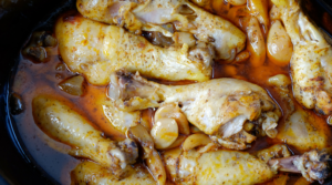 Simplify dinner tonight with this quick and easy slow cooker recipe for 40 Clove Garlic Mushroom Chicken! It's delicious and ready to eat by super time!